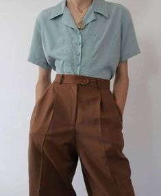 image about fashion in conjunto ropa set clothes 1 « ellee. Aesthetic Fashion, Aesthetic Clothes, Look Fashion, Korean Fashion, Modern Fashion Outfits, Fashion Hacks, Fashion Ideas, Girl Fashion, Winter Fashion