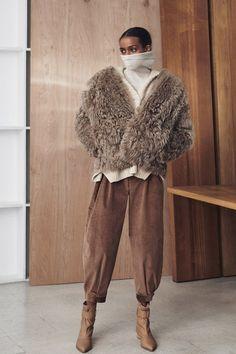 Zero + Maria Cornejo Fall 2021 Ready-to-Wear Collection - Vogue New York Fashion, Fashion News, Zero Maria Cornejo, Ulla Johnson, Fashion Show Collection, Fasion, Lounge Wear, Ready To Wear, Autumn Fashion