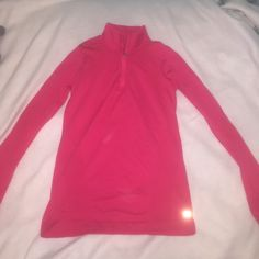 gapfit extra small work out fitted top gapfit extra small work out fitted top color pink GAP Tops
