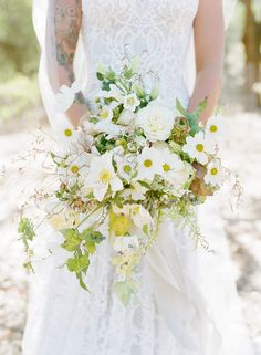 Fresh Late Summer Wedding Bouquet.