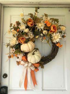 Elegant Fall Wreaths, Autumn Wreaths For Front Door, Diy Fall Wreath, Front Door Decor, Wreath Ideas, Winter Wreaths, Spring Wreaths, Summer Wreath, Holiday Wreaths
