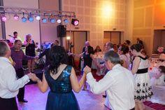 Videoclip Live Nunta Novotel Hore Si Sarbe. Formatia Cryss Band pentru nunti, botezuri, petreceri private si corporate, garantia unui eveniment special.