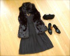 Same pleated silk dress but re-accessorized for an evening look. #BRAnnaK