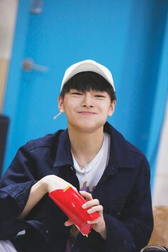 Jeongin | Stray Kids | @AlienGabs51