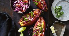 These roast sweet potatoes with jalapeño butter will bring a touch of South America to your barbecue. Vegetarian Cabbage, Vegetarian Recipes, Rye Toast, Potato Frittata, Fresh Coriander, Barbecue Recipes, Roasted Sweet Potatoes, Side Recipes