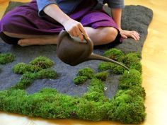 Make a deco moss yourself: 18 extraordinary DIY ideas with moss moos teppich selber machen, Indoor Garden, Indoor Plants, Outdoor Gardens, Amazing Gardens, Beautiful Gardens, Moss Bath Mats, Growing Moss, Gnome Garden, Diy Garden