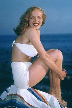 Marilyn, 1946