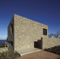 Almost Secluded Villa On Uruguay's Southern Coast - http://freshome.com/2012/05/21/almost-secluded-villa-on-uruguays-southern-coast/