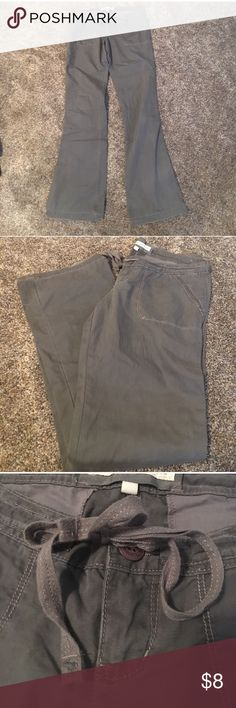 "Abercrombie & Fitch Gray Pants Gray Abercrombie & Fitch pants have some wear shown in pictures. Ties in the front. 100% cotton. Inseam: 32"" Outseam: 39"". Abercrombie & Fitch Pants"