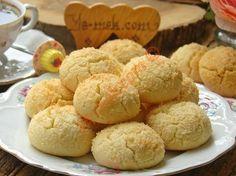Hindistan Cevizli Kurabiye – Kurabiye – The Most Practical and Easy Recipes Coconut Cookies, Yummy Cookies, Cake Cookies, Cookie Recipes, Snack Recipes, Snacks, Good Food, Yummy Food, Biscuit Cookies