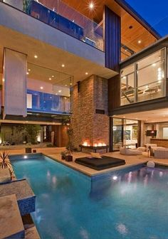 Indoor/outdoor swimming pool