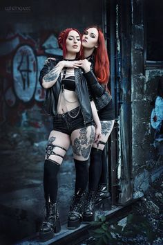Models: Revena & Claudin's Seductions... - Gothic and Amazing