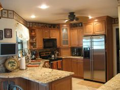 Honey Oak Kitchen Cabinets With Black Countertops The Cook S Nook Wood Sliders Double