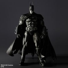 http://comics-x-aminer.com/2012/06/20/new-hi-res-images-sdcc-12-exclusive-play-arts-kai-batman-arkham-asylum-batman-and-joker-black-and-white-versions/