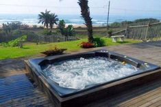 The Tides 6B - Umzumbe Accommodation. Umzumbe Self Catering Apartment, Flatlet Accommodation. R380 pp. Pet friendly
