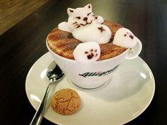 Latte Art                                                                                                                                                                                 Mehr Funny Coffee Mugs, Coffee Drinks, Coffee Cups, Coffee Maker, Coffee Latte Art, Cappuccino Coffee, Cappuccino Machine, Coffee Photography, Coffee Design