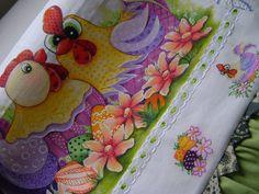 Adaptação que fiz do trabalho de Ponto Cruz para a Pintura em Tecido. Amei o resultado final: Galo e galinha no ninho flórido com ovos. - By TECART-Esther