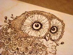 skrzynka z sową. chest with owl