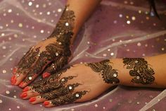 Pakistani Mehandi designs occupies vital role in Indian heritage culture. Here are the top 25 types of Pakistani Mehndi Designs with images that you should definitely try out. Pakistani Mehndi Designs, Eid Mehndi Designs, Mehndi Design 2015, Best Arabic Mehndi Designs, Mehandi Designs Images, Mehndi Designs For Beginners, New Bridal Mehndi Designs, Beautiful Henna Designs, Mehndi Patterns