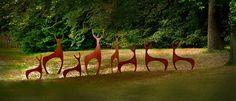 садовая скульптура оленей из кортеновской стали