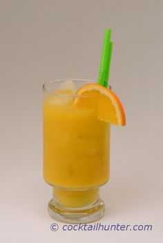 LATIN WALLBANGER - A good drink to try the spirit of Brazil, cachaça.