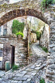 Köy yolları