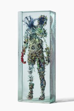 Psychogeographies: 3D Collages Encased in Layers of Glass by Dustin Yellin - Colossal