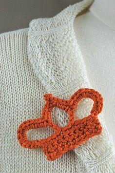 free crochet pattern brooch crown