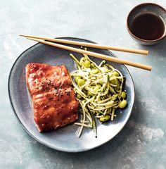 easy dinner, easy salmon recipes, salmon recipes, zoodles, zoodle recipes, zucchini recipes, healthy dinner ideas, healthy dinner recipes, korean bbq, korean recipes, korean food, korean cooking, asian recipes, asian food, asian cooking Easy Salmon Recipes, Fish Recipes, Seafood Recipes, Whole Food Recipes, Healthy Recipes, Korean Recipes, Zoodle Recipes, Healthy Meals, Homemade Tacos