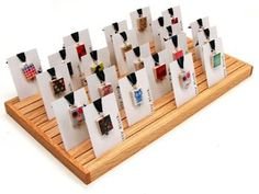domino necklace display Note: There is a 50 cent upcharge to have pendants carded. Craft Fair Displays, Necklace Display, Earring Display, Brooch Display, Wood Jewelry Display, Stall Display, Display Ideas, Booth Ideas, Craft Stalls