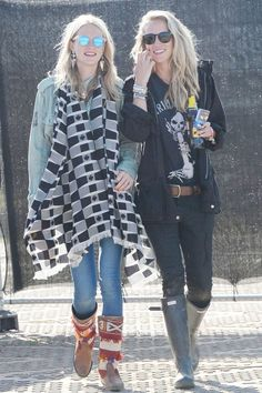 Poppy Delevingne in Le Specs sunglasses and awesome Mahican boots at Glastonbury Festival 2013