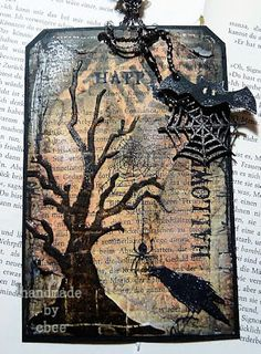 Today I made this Halloween tag . I used almost only Tim Holtz products but of course I had to add these cute Halloween chipboards from Ta. My First Halloween, Halloween Tags, Halloween Books, Fall Halloween, Halloween Goodies, Atc Cards, Card Tags, Gift Tags, Halloween Paper Crafts