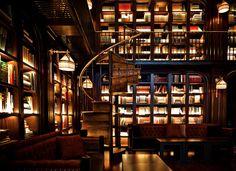 BIBLIOTECA DEL HOTEL NOMAD, NUEVA YORK.