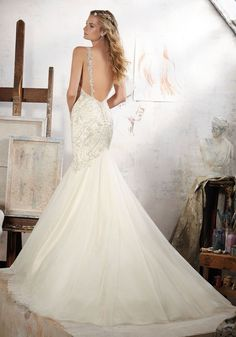 Morilee Wedding Dresses 2017 by Madeline Gardner / http://www.himisspuff.com/morilee-wedding-dresses-2017-by-madeline-gardner/4/
