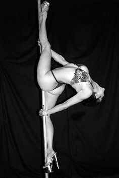 ༻✿༺ ❤️ ༻✿༺ #FelixCane #PoleArt #PoleDancer #PoleFitness #Flexibility #Grace #Contortion #Strength ༻✿༺ ❤️ ༻✿༺