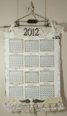 cute Easy Crafts, Arts And Crafts, Paper Crafts, Cute Calendar, Shabby Chic Frames, Craft Projects, Craft Ideas, Decor Ideas, Small Quilts
