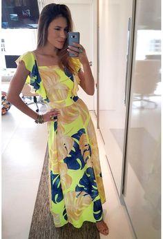 VESTIDO LONGO FARM FOLHAGEM DE VERÃO - BabadoTop Best Maxi Dresses, Flowery Dresses, Casual Dresses, Fashion Dresses, Summer Dresses, Europe Outfits, Fashion Night, Boho Outfits, Occasion Dresses