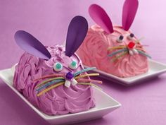 Hop into creating the easiest pair of bunny cakes you'll ever make.