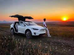 Tesla Model X voted most loved vehicle in America Cool Sports Cars, Super Sport Cars, Cool Cars, Super Cars, Tesla Model X, Tesla Motors, Luxury Cars, Luxury Travel, Car Photography