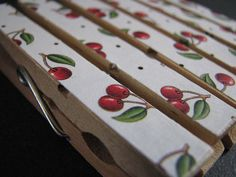 wonder if hanging laundry would be more fun with these 'cheery' cherry clothes pins? Decoupage, Clothes Pegs, Painted Clothes Pins, Craft Projects, Projects To Try, Cherry Baby, Cherries Jubilee, Cherry Kitchen, Cherry Recipes