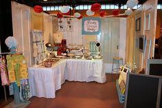 LOVE this craft fair booth... so many good ideas here!