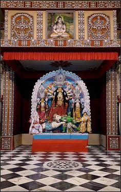 প্রথম মঙ্গল দর্শন । শ্রীশ্রী দুর্গা । বেলুড় মঠ ২০১৮ Durga Maa Paintings, Mata Rani, Hindu Art, Indian Gods, Sacred Art, Lord Shiva, Hinduism, Krishna, Interior Design