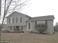 3 Bedrooms, 2 Full Bathrooms, 1,052 Sq Ft., Price: $129,900, #: BE9869571