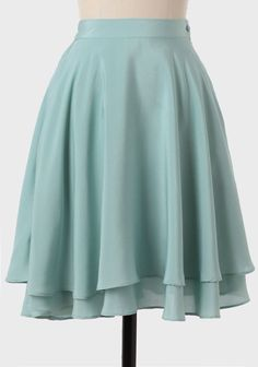 Dove Islet Tiered Skirt In Mint