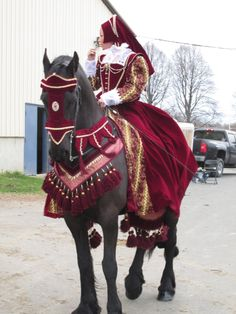 Latest Friesian period costume.