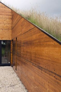 grass roof / mark merer, welham studios