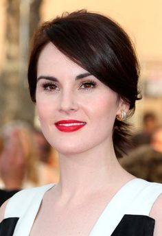 Chignon Hairstyles Inspired from Celebrities  Michelle Dockery's Chignon Hairstyle