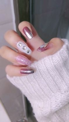 DIY Nail art designs that are actually very Easy. Nail art design needs to be attractive and fashion Nail Designs Easy Diy, Classy Nail Designs, Easy Nail Art, Nail Art Designs, Diy Nails Cute, Cute Acrylic Nails, Nail Techniques, Nail Art Videos, Luxury Nails