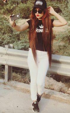 Saima khan Cute Photo Poses, Girl Photo Poses, Girl Photography Poses, Girl Poses, Stylish Girls Photos, Stylish Girl Pic, Girls Fashion Clothes, Girl Fashion, Baby Girl Dress Design