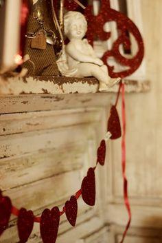 Dishfunctional Designs: Creative Valentine's Day Ideas   love this glitter garland